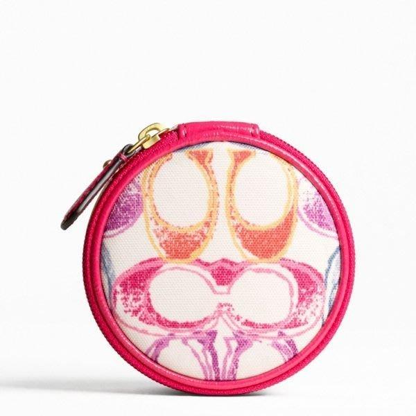 破盤清倉大降價!全新 COACH 桃紅色高質感塗鴉帆布珠寶盒收納包零錢包,低價起標無底價!本商品免運費!