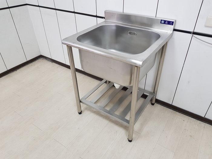鑫忠廚房設備-餐飲設備:展場品-單口大廚深水槽-賣場有烤箱-烤箱-冰箱-快炒爐-西餐爐