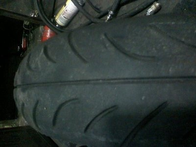 2手 正新輪胎C6031 110 70 12裝好700元