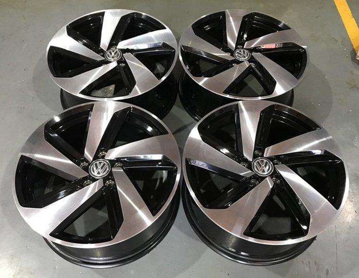 【員林 中古 小茵 物流區】VW GOLF 7代 18吋 5X112 7.5J ET49 黑車面 新車拆