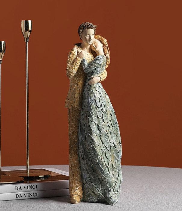 婚慶禮 情侶擺件 歐式 婚禮 仿真人物 情侶相擁 樹脂工藝品
