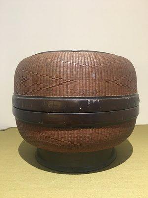【一(藝)窩】清代 竹絲編紅黑漆圓盒~竹~