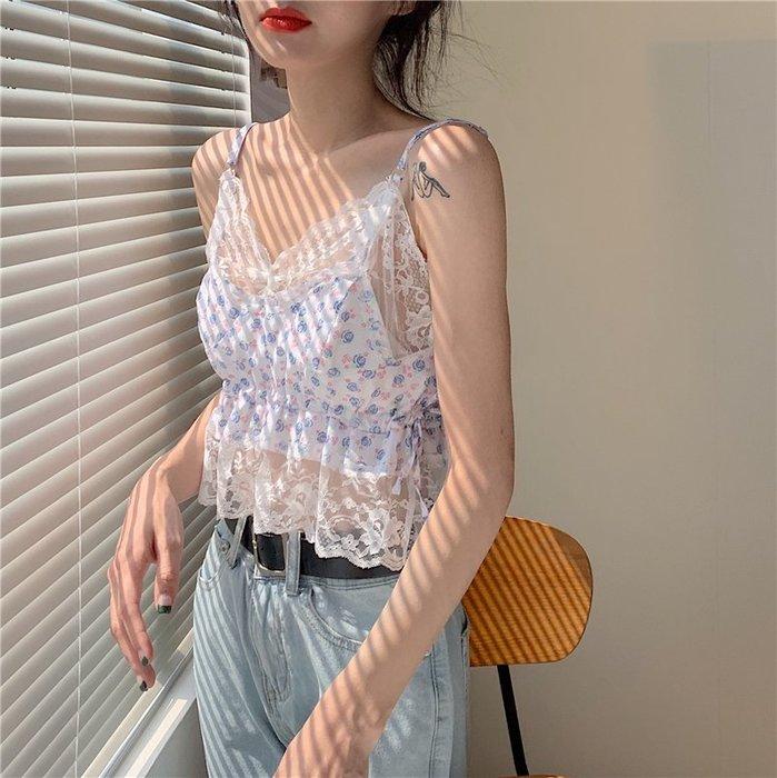 SeyeS 古著韓系街頭甜美蕾絲碎花細肩帶背心+白T恤二件式組合
