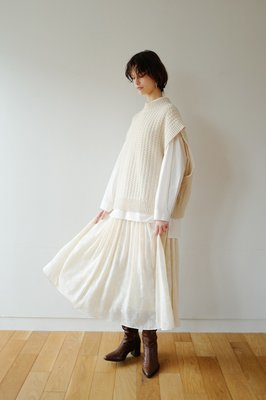 【預購】日本連線CLANE冬19新入荷SEE-THROUGH FLOWER GATHER SKIRT透膚雕花蕾絲長裙
