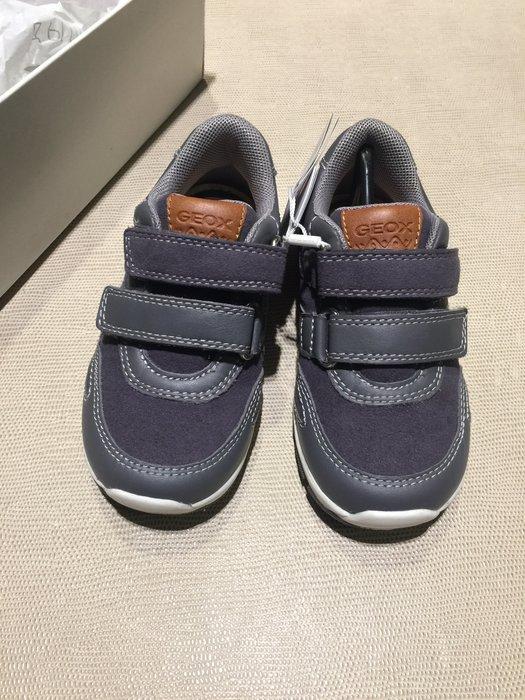 全新 Geox 深灰色真皮童鞋 球鞋