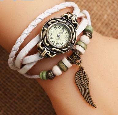 手錶女  時裝復古女表皮手鍊表