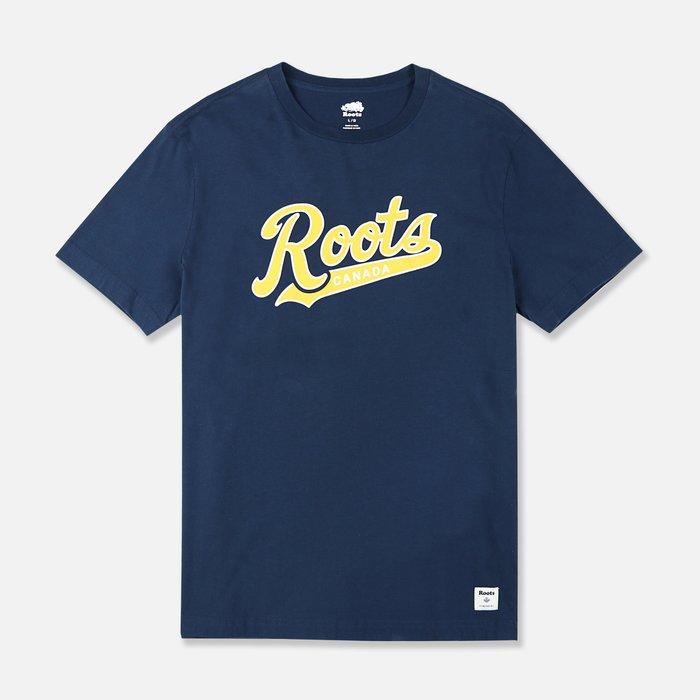 【Roots】男款短袖T恤印草寫黃Roots下標深藍 F11180723-16