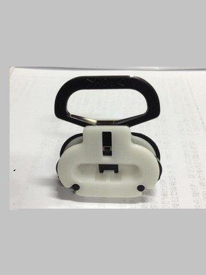 OEM菱帥 LANCER VIRAGE 93 99 GALANT 椅墊固定扣 椅墊扣 座椅固定扣 座椅扣 固定釦 固定座