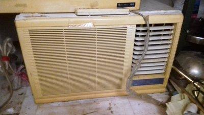 廉售聲寶二手8成新1.2噸窗型冷氣.附安裝架.需自取 新北市
