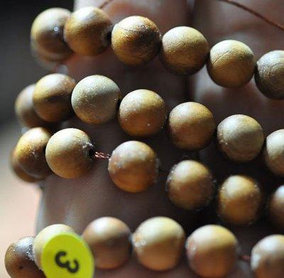 宋家苦茶油handankanin.3黃檀掛雙珠.全球最香的檀香.理氣最強的原材..108顆6mm