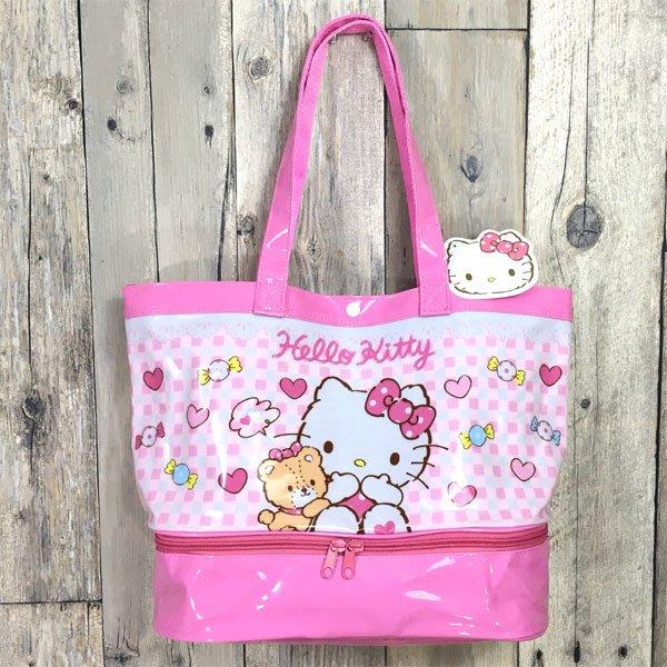 HELLO KITTY凱蒂貓與小熊雙層防水肩背包 防水包包 游泳最適托特包 日本三麗鷗正版~彤小皮的遊go世界