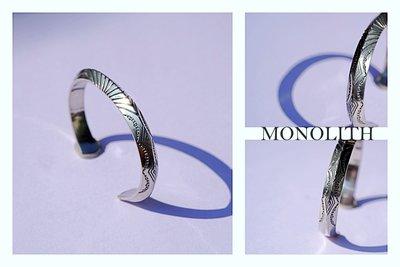 【Monolith】生來狂野二店全新現貨 打印三角手環 台灣職人製作 基本經典款 圖騰排列 雙面打印