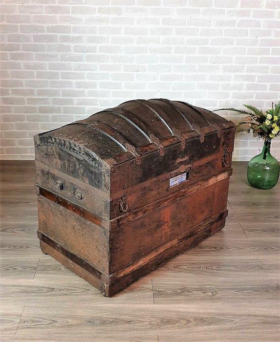 【卡卡頌 歐洲古董】西班牙 全手工  鐵件 個性 大  百寶箱  木箱  藏寶箱   歐洲老件  ca0122 ✬