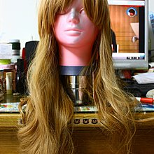 【R的雜貨舖】日本日系 淺金 奶茶金 vivi日雜風 浪漫長捲假髮 日常/COSPLAY可用 06