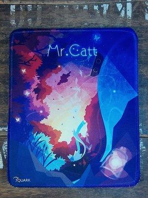 "7QUARK 的Mr.Catt""喵星旅人~香蒲""滑鼠墊 小 :電玩 電腦 周邊 滑鼠墊 貓咪 3C Mr.Catt"