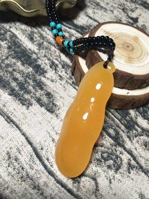 正宗印尼金田黃凍石壽山精品工藝 此件是相思豆掛件清貨