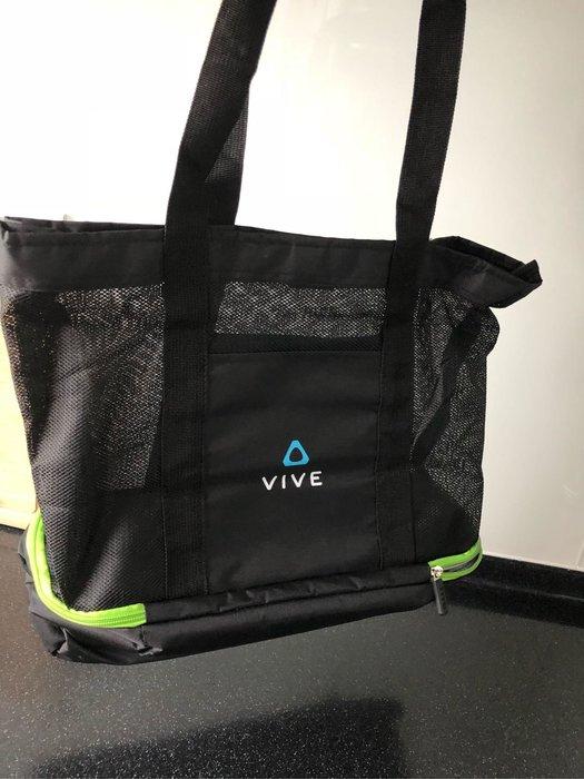 全新~~宏達電~HTC 輕量雙隔層運動休閒包~~ 手提肩背兩用包