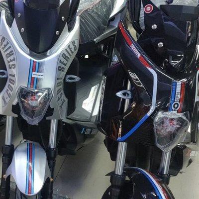 【特價優惠】戰警款電動車愛雅瑪迪戰狼款電動摩托車極客踏板鋰電電瓶車