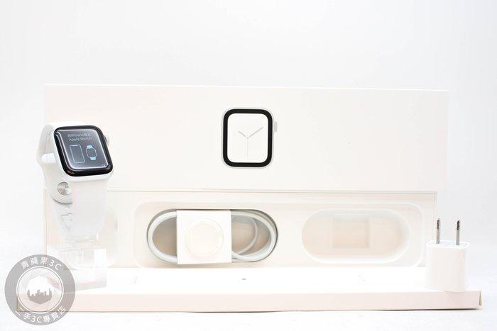 【高雄青蘋果3C】Apple Watch Series 4 GPS 40mm 銀鋁金屬錶殼配白色運動型錶環 #56493