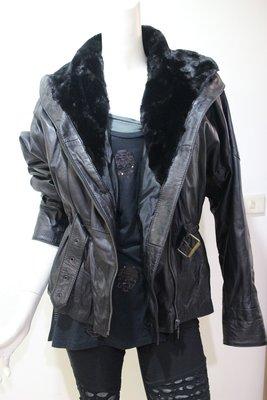 便宜之家~~ 正品cuir veritable 羊皮連帽皮衣.超好看~