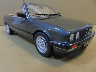 =Mr. MONK= OTTO BMW 325 i Convertible (E30)