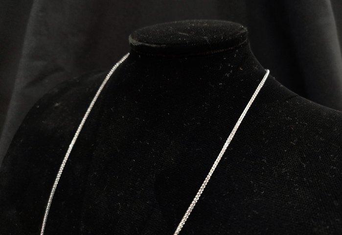 《博古珍藏》嚴選配件【925純銀練】正純度防氧化.翡翠和闐玉項鍊配飾.禮物禮服.24吋.寬0.12公分