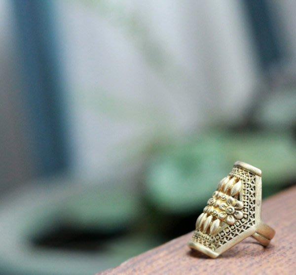 子芸芳--原創 全手工精細製作老銅雕花戒指  見證二