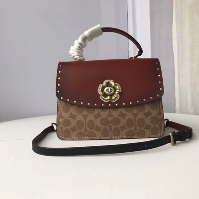 【Woodbury Outlet Coach 旗艦館】COACH 53349 花朵旋鎖手提包 斜跨包美國代購100%正品