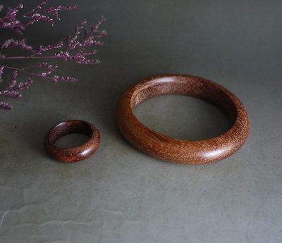越南黃花梨  ~手環 + 戒指  - 水滴 精工細磨  紋理清晰 漂亮  **  584