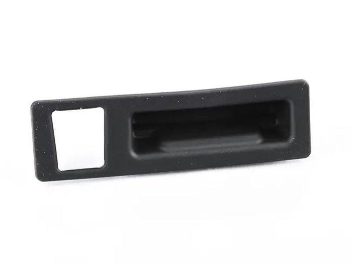 【樂駒】BMW Boot Lid Tailgate Push Button 後擋板 按鈕 行李箱 後車箱