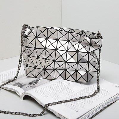 【新流行】幾何包女包手拿菱格鏈條斜跨包新款女士折疊幾韓版風格