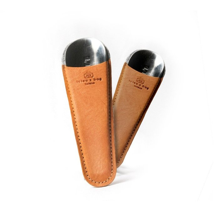 點子包 iclea X bag │經典皮革迷你白鋼鞋拔皮套(附鞋拔),皮革可客製刻字 DG14
