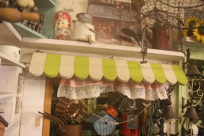 zakka糖果臘腸鄉村雜貨坊      木作類..Aegean屋簷壁架(展示架吊飾架攝影棚婚禮佈置開店用品櫥窗佈景門楣