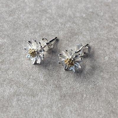 【inSAne】訂製款 / 雛菊 / 耳環 / 飾品 / 單一尺寸 / 一組兩個