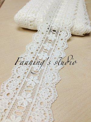 【芬妮卡Fanning服飾材料工坊】雙邊宮廷小花刺繡蕾絲 高6.5cm 1碼入