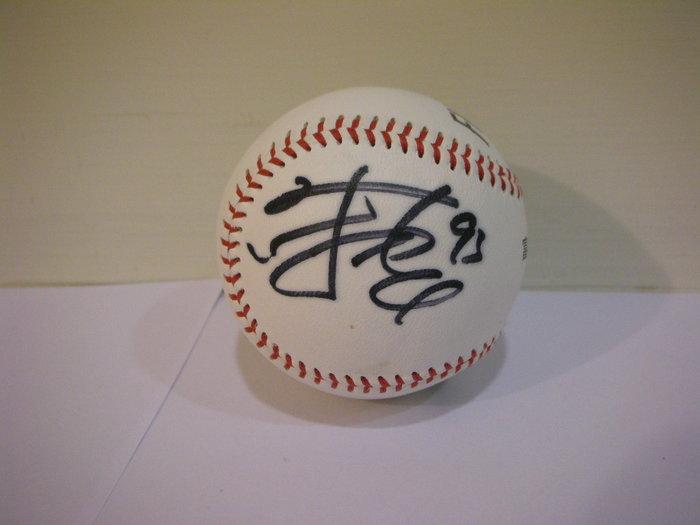 二手極新中華職棒富邦悍將 FUBON 富邦職業棒球隊練習用球 / 陳品捷 93 簽名球單顆