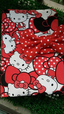 彌月最佳好禮:紅色大波點蝴蝶結KT貓內層加拉鍊款 媽媽手冊/寶寶手冊 健保卡布書衣.書套