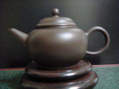 【水平壺】毛映紅~一廠老技術師~黑鐵砂~1965~1981早期精品壺