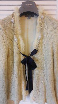 MOISELLE 裸膚色鏤空毛飾邊兩件式開襟毛衣背心 不包括ESCADA 項鍊