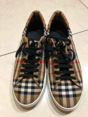 Burberry 彩虹帆布鞋 全配含購證 售出