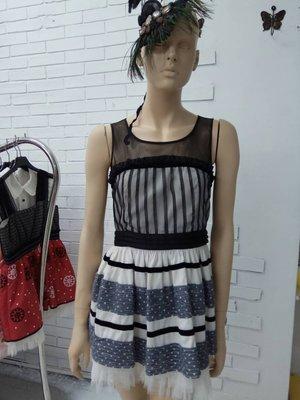 娃娃211M黑色洋裝特價1800含運費
