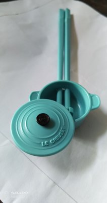 Le Creuset Collection 海藍圓形鍋筷子
