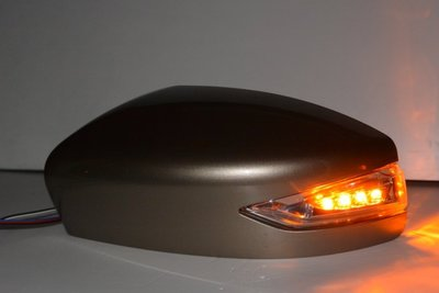 金強車業 日產NISSAN TIIDA  三功能後視鏡殼(白235)+電折套組 方向燈 小燈  照地燈