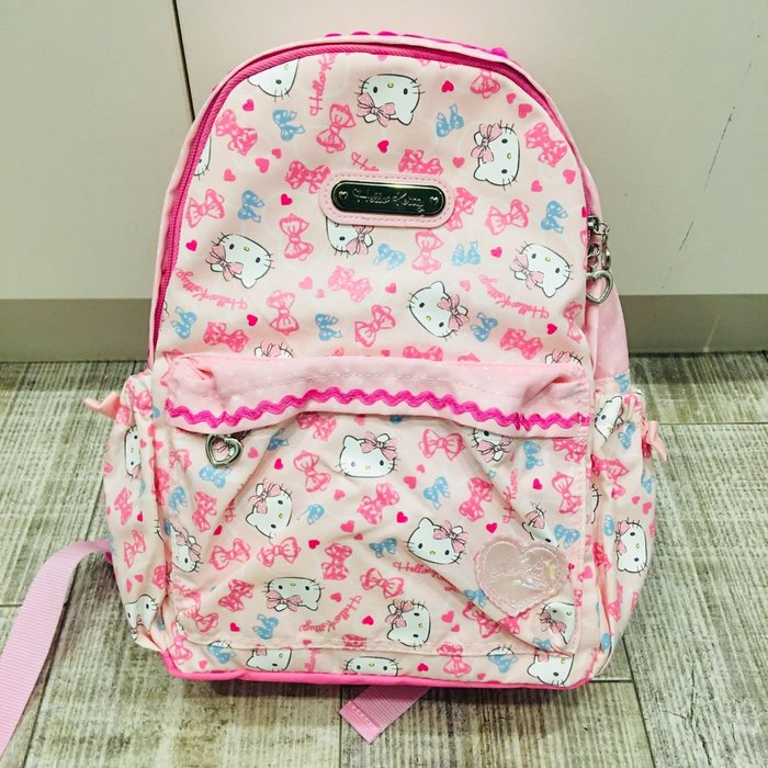 Baby Sheep 日本Sanrio 三麗鷗正版 新款後背包 兒童後背包 M號背包 上學書包 旅行背 凱蒂貓kitty
