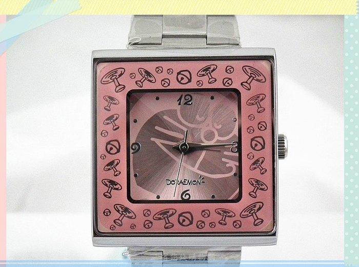 《省您錢購物網》全新~【 Doraemon多啦A夢 小叮噹】立體菱形鏡面 竹蜻蜓 鈴鐺 方形錶(粉)