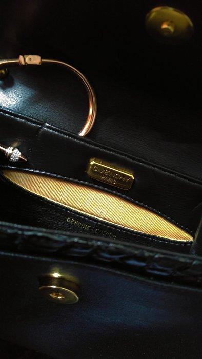 黑色爆裂皮革紋 Givenchy 紀梵希 手拿包/斜背包/肩背包 三用包