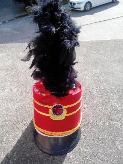 艾蜜莉舞蹈用品*表演帽*羽毛款大帥帽/儀隊演出帽$350元