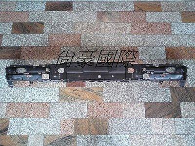 M.BENZ~E系列-W210-99~02 全新 前保桿內襯