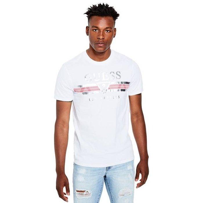 【GUESS】GUESS男款短袖T恤銀LOGO字紅條白 F03190611-03