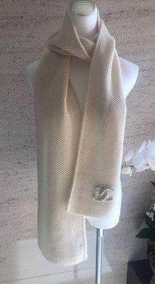 Chanel克什米爾圍巾